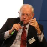 Auch zivile Beiträge sind mitzudenken, so Botschafter a.D. Dr. Klaus Scharioth.